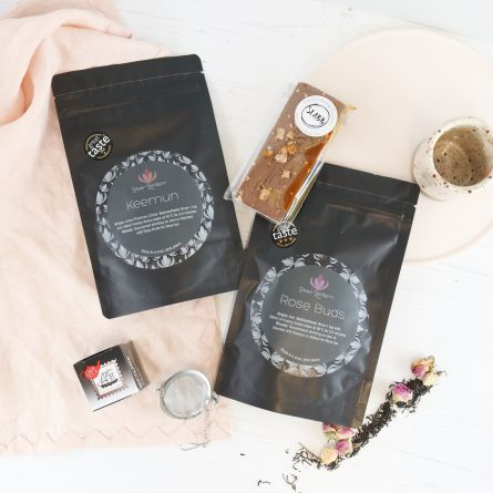 Valentines Tea & Chocolate box
